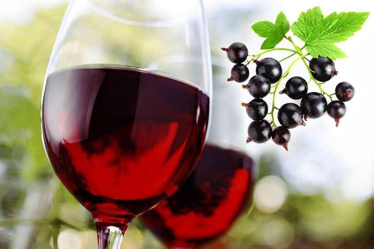Вино из черной смородины в домашних условиях