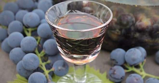 Виноградные гребешки в спирте